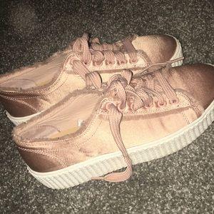 Express women's platform sneaker/ gym shoe